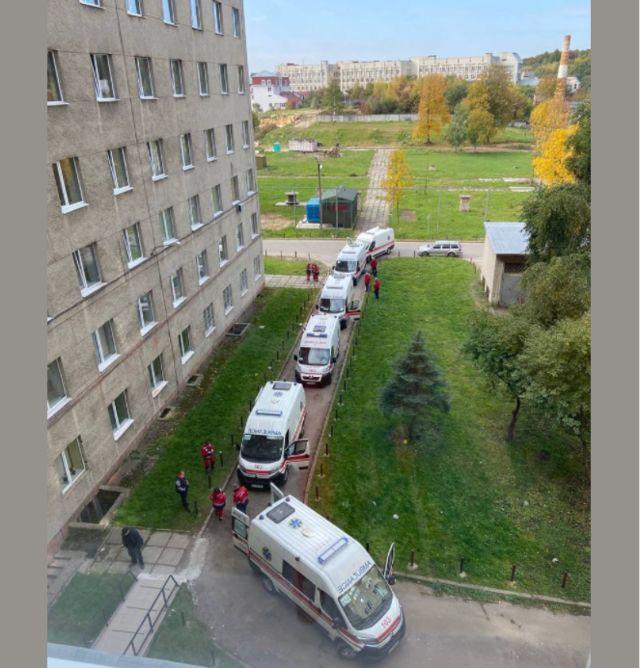 """""""Жестяк буде в кінці жовтня"""". Кількість смертей від Covid в Україні вже більша, ніж у першу хвилю"""