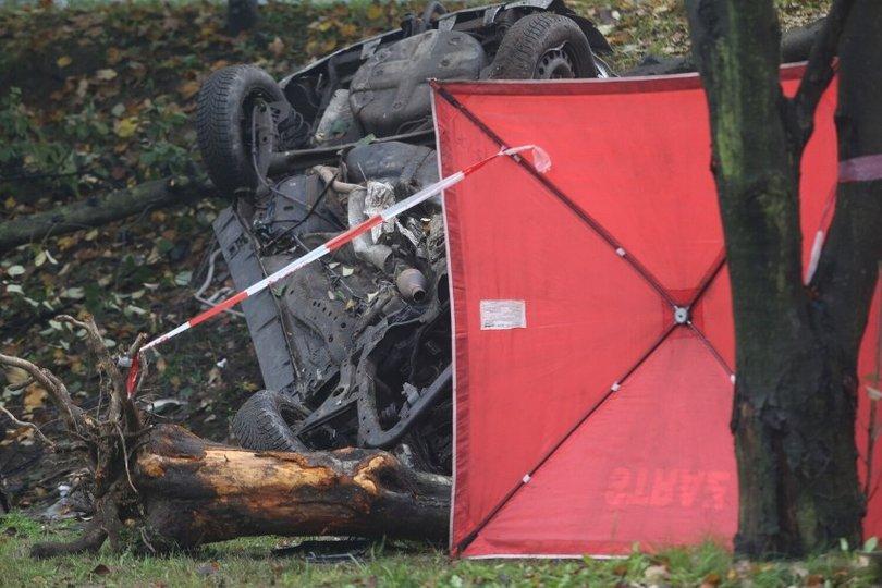"""""""Всього 19 та 20 років"""": загиблими у аварії в Польщі українцями виявилися юнаки із Бучача (ФОТО)"""