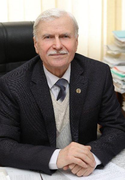 Професор з Тернополя отримав довічну стипендію Президента України