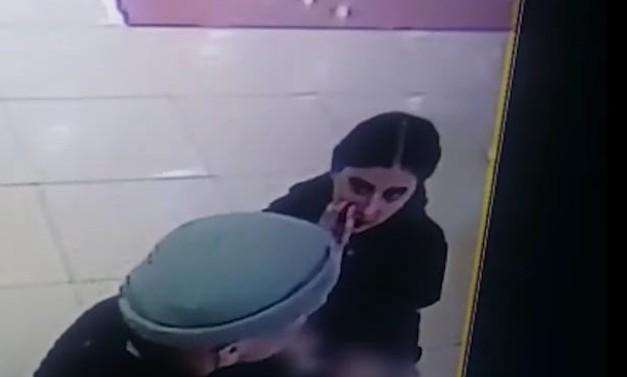 У Тернополі сімейна пара з дитиною на руках обікрала жінку: розшук (ВІДЕО)