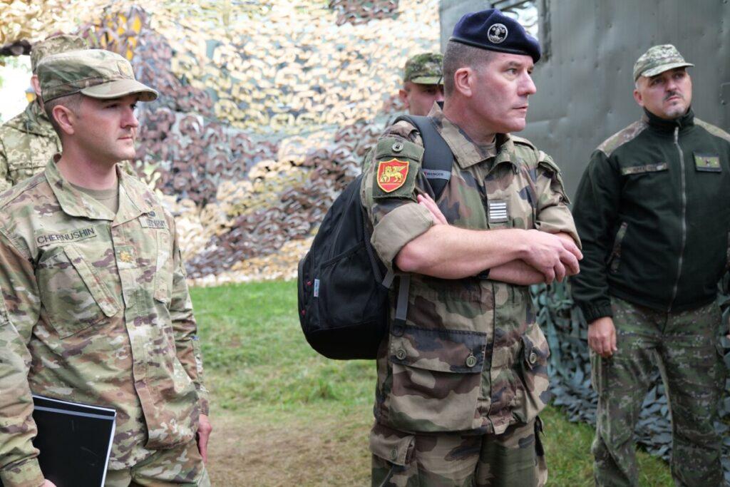 Українські військові провели спільні навчання з офіцерами НАТО