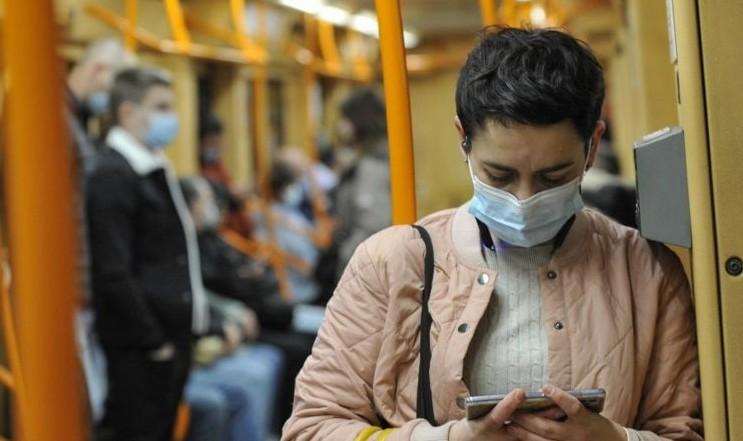 У потяги і автобуси пускатимуть лише вакцинованих чи з тестом: як це працюватиме