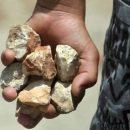 На Тернопільщині чоловік кидав у дітей каміння та погрожував сусідці