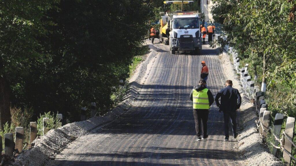 Відремонтували одну з найгірших ділянок дороги у Бучацькій громаді